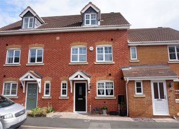 Thumbnail 3 bed town house for sale in Wheatcroft Close, Redditch