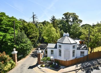 Willoughby Lane, Bromley BR1. 2 bed detached house for sale