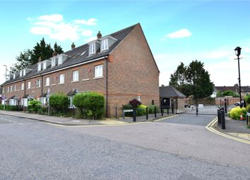 1 bed flat for sale in Premier Place, Watford, Hertfordshire WD18