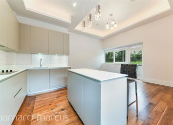 Thumbnail 2 bed flat to rent in West Gate, London