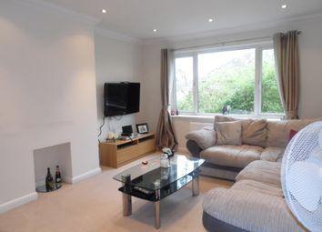 2 bed maisonette to rent in Bisley Close, Worcester Park, Surrey KT4