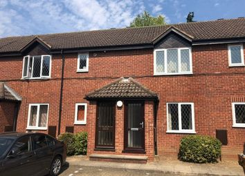 Thumbnail 2 bed flat to rent in Gunthorpe Road, Marlow