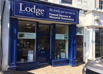 Thumbnail Commercial property for sale in 7-7A Windsor Street, Chertsey