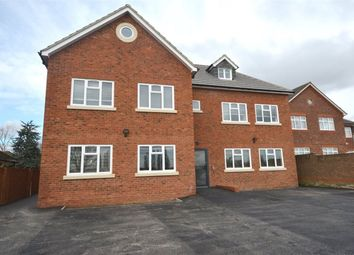 Thumbnail 1 bed flat to rent in Heath Road, Hillingdon
