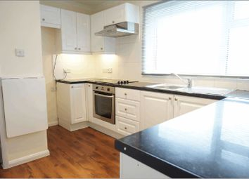 Thumbnail 2 bedroom flat to rent in Tunworth Court, Tadley
