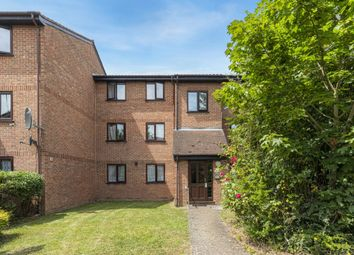 Thumbnail 2 bedroom flat for sale in Avenue Road, Chadwell Heath