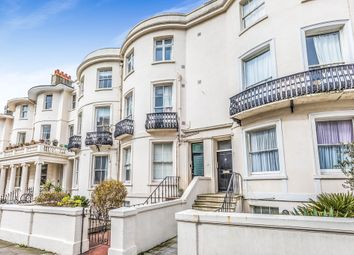 Thumbnail 2 bed flat for sale in Lansdowne Place, Hove