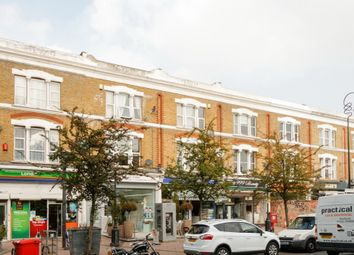 2 bed flat to rent in East Dulwich Road, London SE22