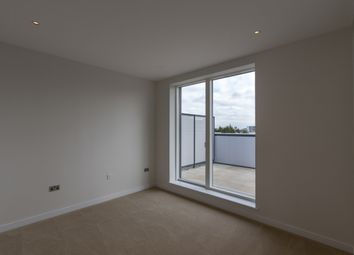 Thumbnail 3 bed flat to rent in Heritage Place Brentford, London