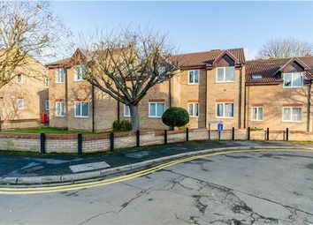 Thumbnail 2 bed flat for sale in Rathmore Road, Cambridge