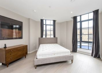 Thumbnail 3 bedroom flat to rent in Valentine Place, London