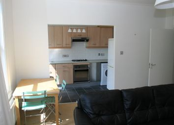 Thumbnail Flat to rent in Humber Road, Blackheath