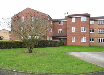 Thumbnail Flat to rent in Latimer Drive, Hornchurch