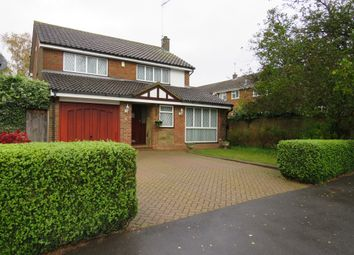 Thumbnail 4 bed detached house for sale in Winton Close, Luton