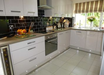 Thumbnail 5 bed detached house for sale in Simmondley New Road, Glossop, Derbyshire
