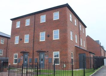 Thumbnail 2 bed town house to rent in Cardwell Road, Leeds