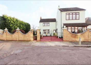 Thumbnail 4 bed detached house to rent in Beaconsfield Road, Enfield