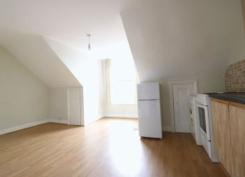 Thumbnail 1 bed flat to rent in Hoe Street, London