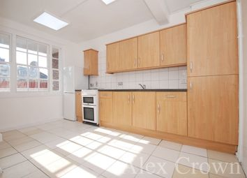 Thumbnail 3 bed flat to rent in Crouch Hill, London
