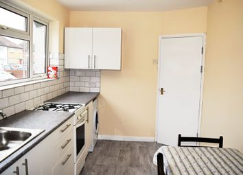Thumbnail 4 bed terraced house to rent in Crescent Road, 001