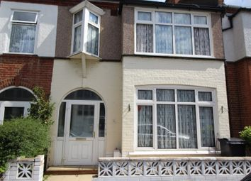 Thumbnail Room to rent in Clevedon Road, London