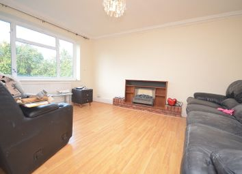 Thumbnail Room to rent in Parkway, Rainham
