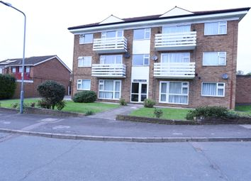 Thumbnail 2 bed flat for sale in Fairview Drive, Chigwell
