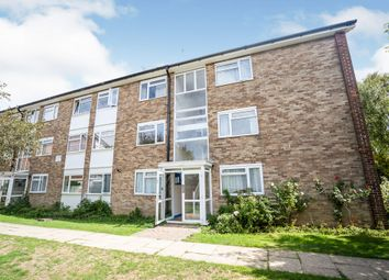 The Causeway, Goring-By-Sea, Worthing BN12. 2 bed flat