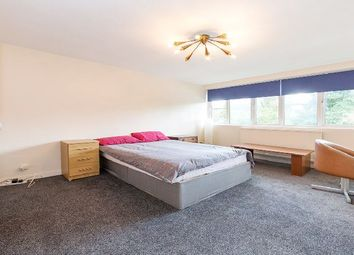 Thumbnail 3 bedroom flat to rent in Willesden Lane, London