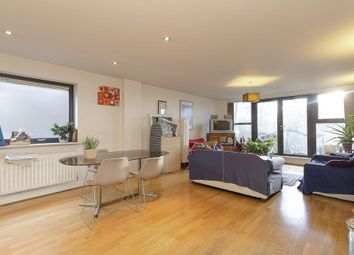 Thumbnail 3 bedroom flat for sale in Streamline Mews, Lordship Lane, London