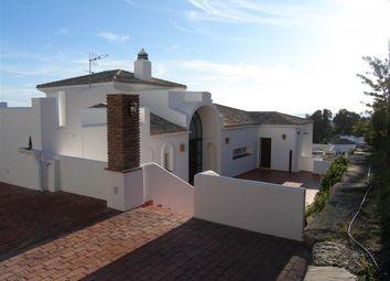 Thumbnail 5 bed villa for sale in Spain, Málaga, Benalmádena, Benalmádena Pueblo