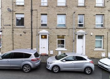 Thumbnail 1 bed flat to rent in Frances Street, Elland