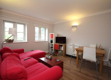 2 bed flat to rent in Anderson Square, Islington, London N1