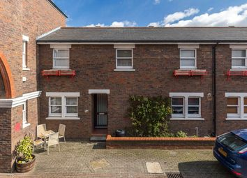 3 bed property for sale in Lockesfield Place, Island Gardens, London E14