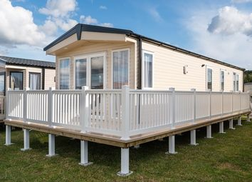 Thumbnail 2 bed mobile/park home for sale in Newperran Holiday Resort, Hendra Croft, Goonhavern, Newquay