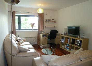 Thumbnail 2 bed property to rent in Regents Park Road, London