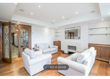 Thumbnail 2 bedroom flat to rent in Charters Road, Ascot