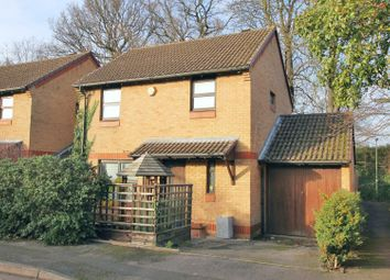 Thumbnail 3 bed link-detached house for sale in Fisher Close, Hersham, Walton-On-Thames