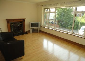2 bed maisonette to rent in Alwyns Close, Chertsey KT16