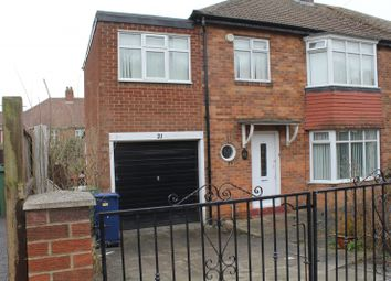 4 bed property to rent in Ridgeway, Fenham, Newcastle Upon Tyne NE4