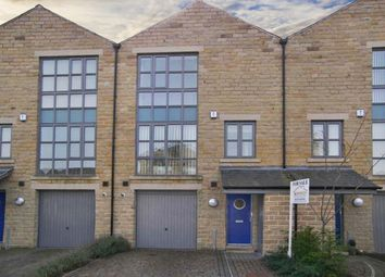 Thumbnail 3 bed town house for sale in Hainsworth Road, Silsden, Keighley