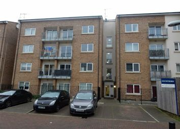 Thumbnail 2 bed flat to rent in Gateway Court, Southall, Middlesex