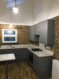 Thumbnail 3 bed duplex to rent in Hoe Street, Walthamsow