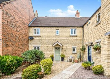 Thumbnail Property to rent in Barrington Close, Witney
