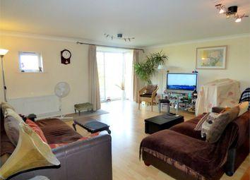 Thumbnail 3 bed flat to rent in Grasholm Way, Langley, Berkshire