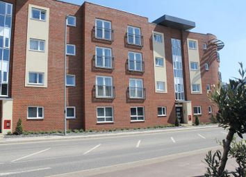 Thumbnail Property to rent in Princes Way, Bletchley, Milton Keynes