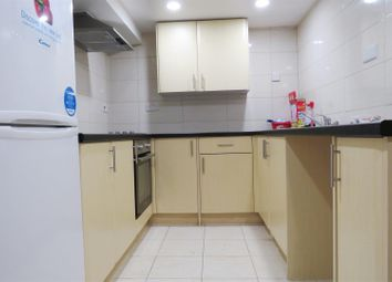 Thumbnail 3 bed flat to rent in Carlton Place, Southampton