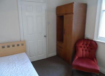 Thumbnail Room to rent in Grovsenor Terrace, York