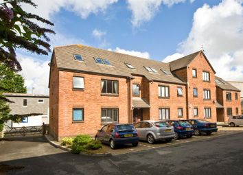 Thumbnail 1 bed flat to rent in Wadebridge