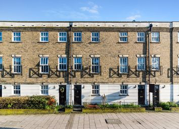 3 bed town house for sale in Peckham Rye, London SE15